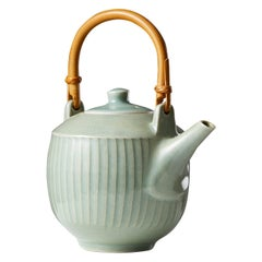 Teapot designed by David Leach, England, 1960's.