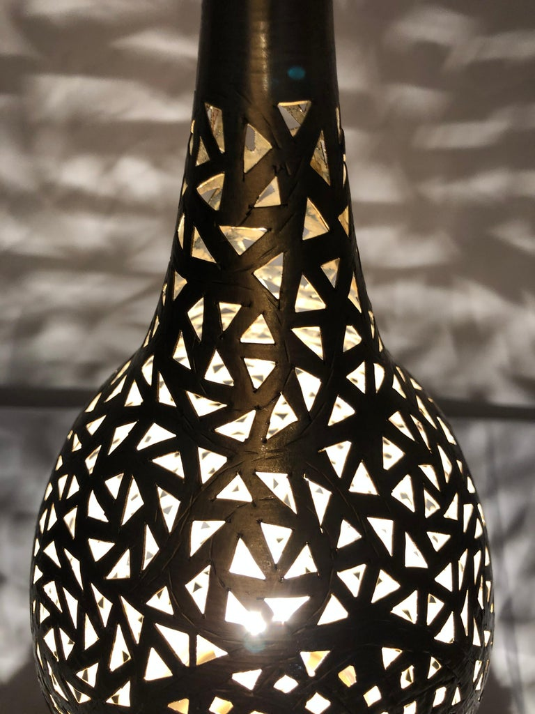 Tear Shaped Gold Brass Moroccan Table Lamps, a Pair For Sale 3
