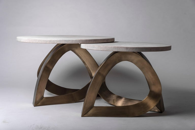 Teardrop Side Table in Black Shagreen and Bronze-Patina Brass by Kifu Paris For Sale 3