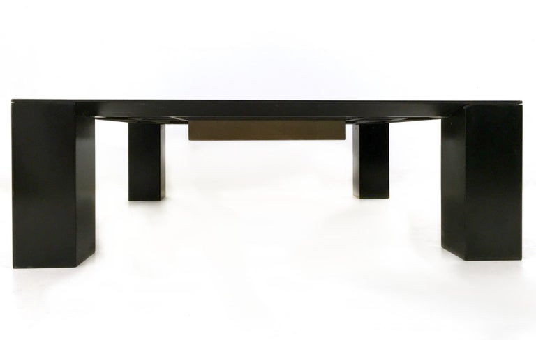 Italian Tebe Coffee Table with Ashray by Giovanni Offredi Produced by Saporiti, 1970s For Sale