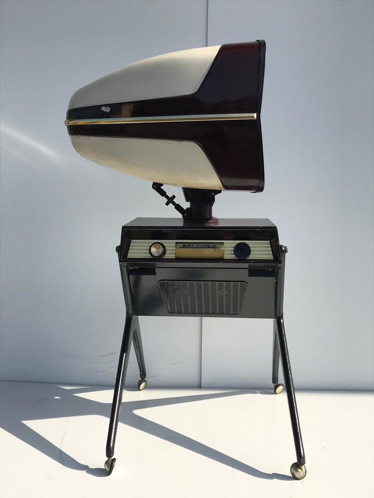 Mid-20th Century Teleavia P111 TV Designed by Bertroni, 1958