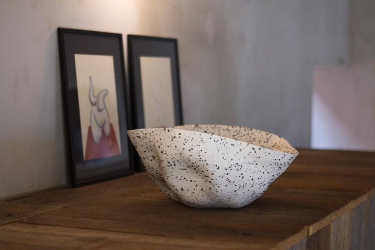 Telluride, Stracciatella, Big Bowl, Centrepiece, Volcanic Porcelain, Vessel In New Condition For Sale In Eindhoven, IT