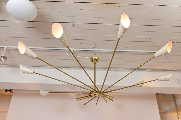 Ten-Light Star Chandelier In Excellent Condition In London, GB