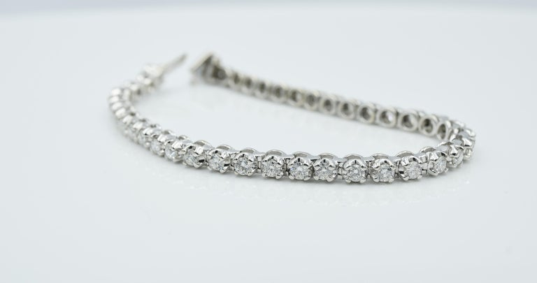 Tennis Bracelet In Good Condition For Sale In Palm Beach, FL
