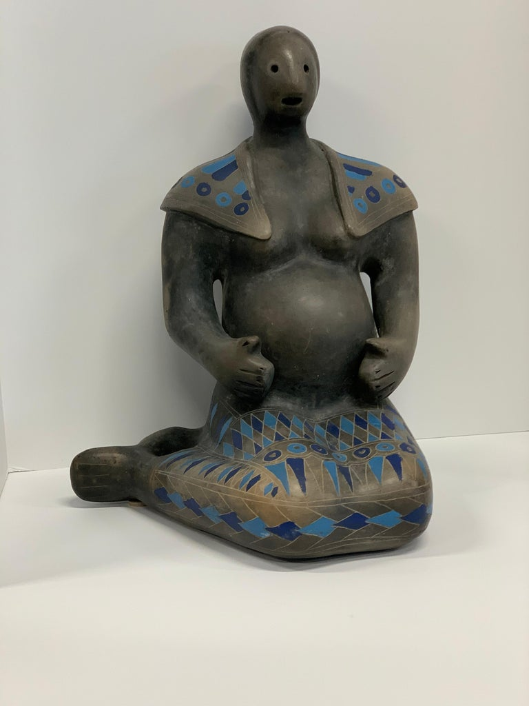 Teotihuacan Mexican Black Ware Pottery Figure For Sale 2