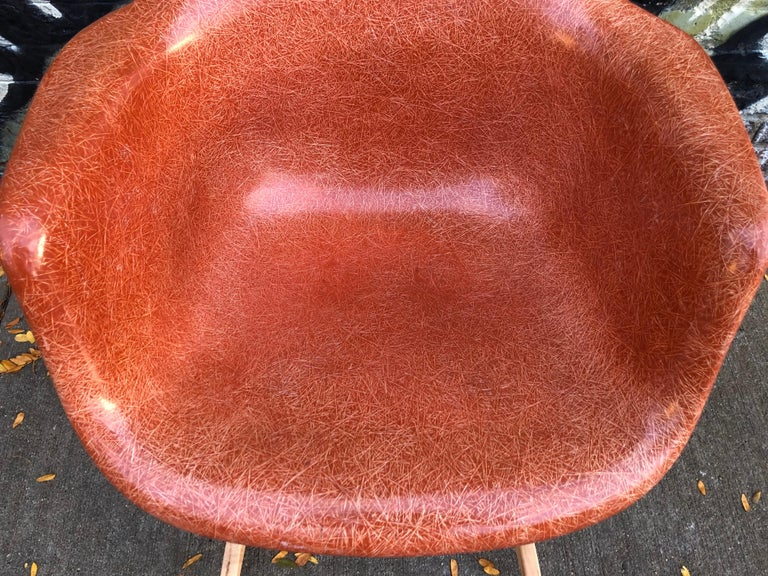 Terracotta Herman Miller Eames RAR Rocking Chair In Good Condition For Sale In Brooklyn, NY