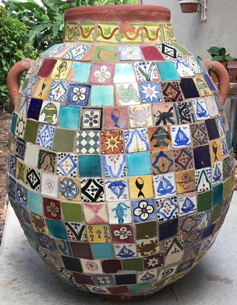 Terracotta Single Garden Vase Urn with Ceramic Tile Mosaic For Sale 2