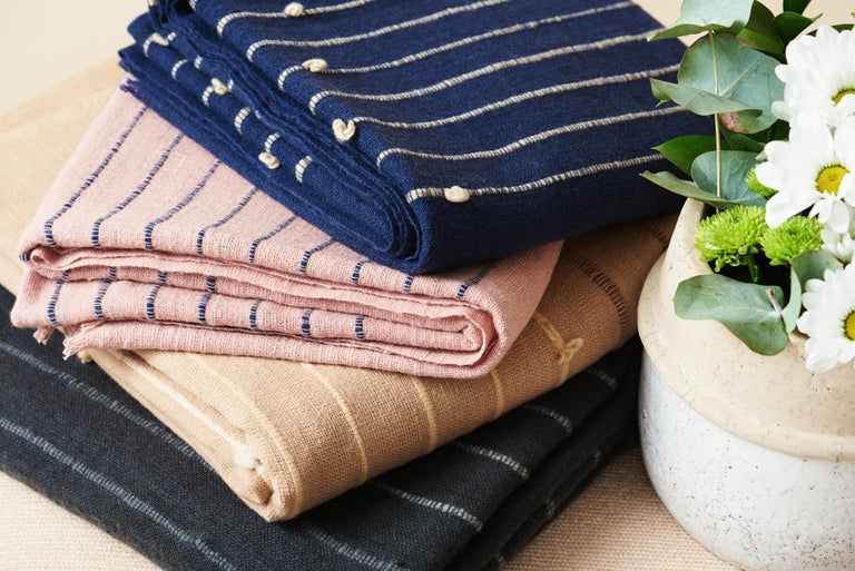TERRA Handloom Merino Cotton Throw /  Blanket In Stripes Design, Neutral Color For Sale 9