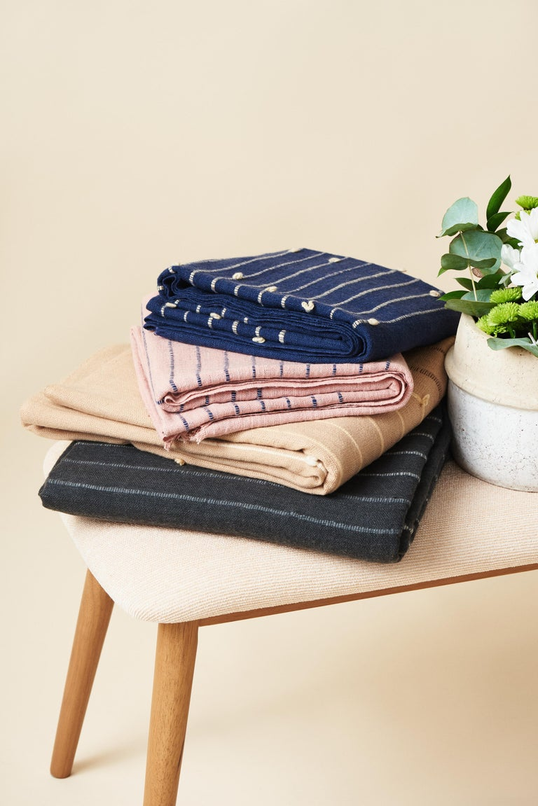 TERRA Handloom Merino Cotton Throw /  Blanket In Stripes Design, Neutral Color For Sale 10