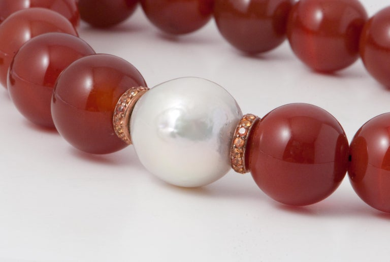 Discover this Terracota Agates, Orange Sapphires and Freshwater Pearl Rose Gold Beaded Necklace. Terracota Agates Orange Sapphires Freshwater Pearl Bakelite Clasp Rose Gold 18 Carat