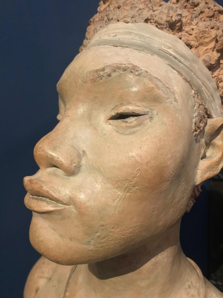 Terracotta Sculpture of an African Woman by Renzo Moscatelli In Excellent Condition For Sale In Montreal, QC