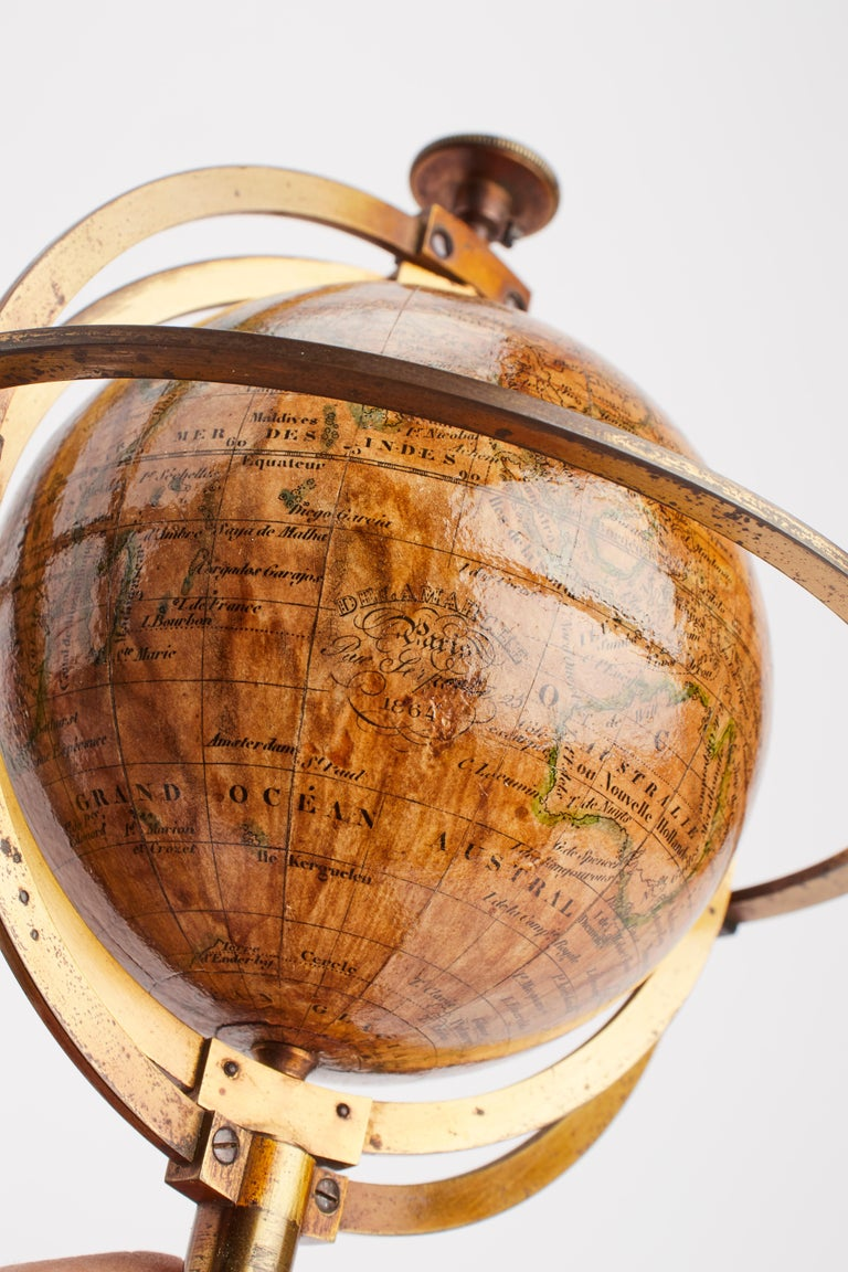 Terrestrial Globe Signed Delamarche, Paris, 1864 In Excellent Condition For Sale In Milan, IT