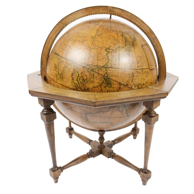 Rare terrestrial globe made according to the knowledge of Giovanni Maria Cassini (Venice 1745 - Rome 1824) regular cleric of the Padri Somaschi, an order proposed in Venice in 1525 and founded in Somasca, in Lombardy in 1532. Updated according to