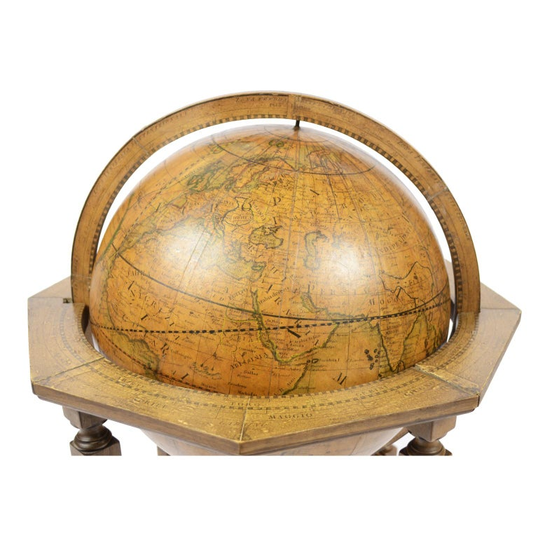 1843 Antique Terrestrial Globe  According to the Knowledge of Giovanni M Cassini In Good Condition For Sale In Milan, IT