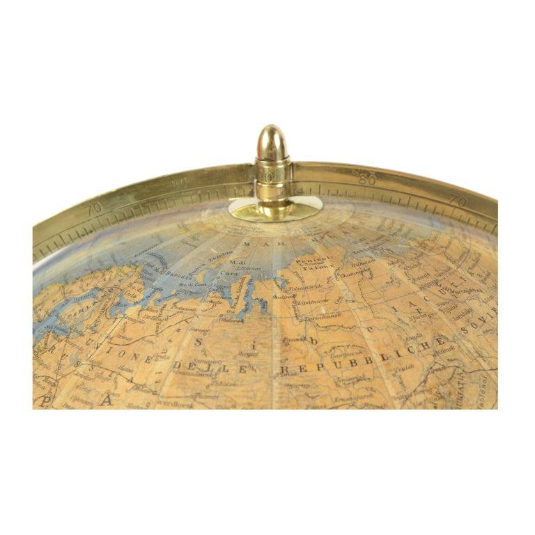 Antique Terrestrial Globe Walnut Base Published in 1950 by Vallardi Pubblisher For Sale 3
