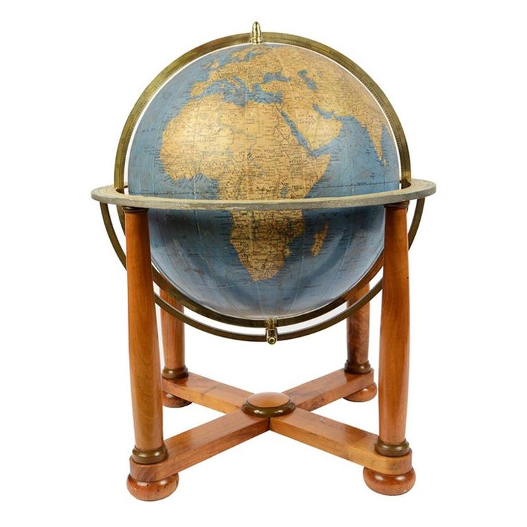 Antique Terrestrial Globe Walnut Base Published in 1950 by Vallardi Pubblisher For Sale