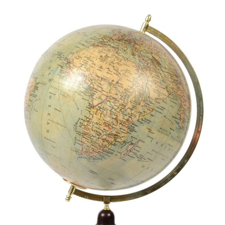 Terrestrial globe published by Prof. Fisher for Wagner & Debes Leipzig in the second half of the nineteenth century. In addition to the territorial map, ocean currents and main oceanic currents are depicted. Turned wooden base complete with engraved