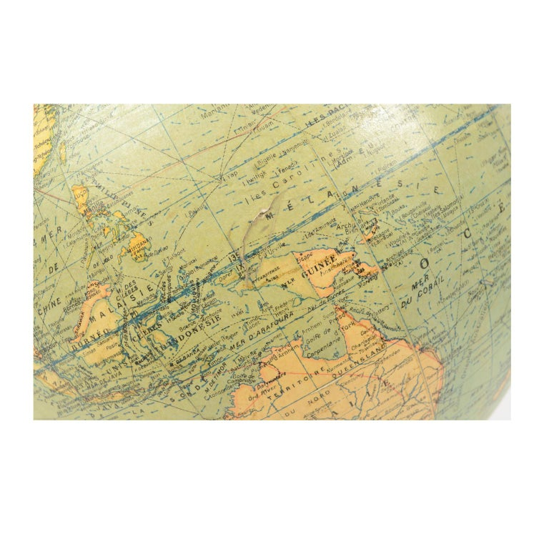 Terrestrial Globe Published in the 1940s by Girard Barrère et Thomas, Paris For Sale 6