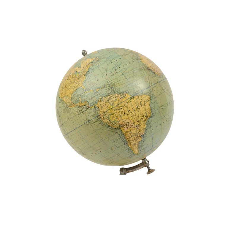 Mid-20th Century Terrestrial Globe Published in the 1940s by Girard Barrère et Thomas, Paris For Sale