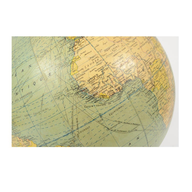 Terrestrial Globe Published in the 1940s by Girard Barrère et Thomas, Paris For Sale 1