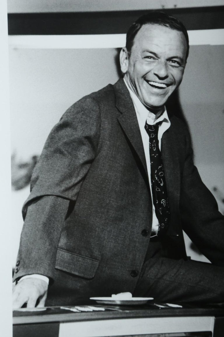 Terry O'Neill Black and White Photo of Frank Sinatra, 1968, Limited Edition In Excellent Condition In Miami, FL