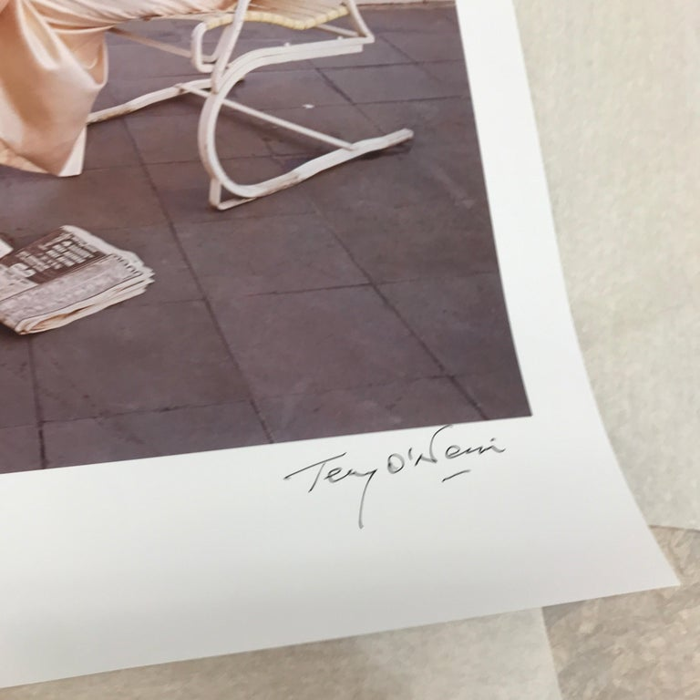 Terry O'Neill - Faye Dunaway Oscar Ennui - signed limited edition Oversize 3