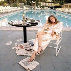 Faye Dunaway Oscar Outtake (Sitting)