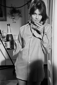 Jacqueline Bisset, 1967 (Terry O'Neill - Black and White Photography)