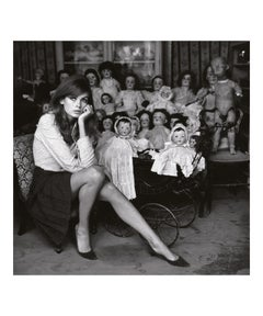Jean Shrimpton at a Doll's Hospital, London - Terry O'Neill (Black and White)