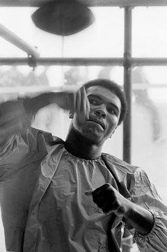 Muhammad Ali, Speedbag - Terry O'Neill, lifetime signed, 40x30 in, ali