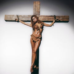 Terry O'Neill, Raquel Welch on Cross (co-signed)