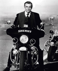 Terry O'Neill, Sean Connery as Bond (Sheriff)