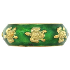 Tesoro Turtle Emerald Green Enamel Band Ring
