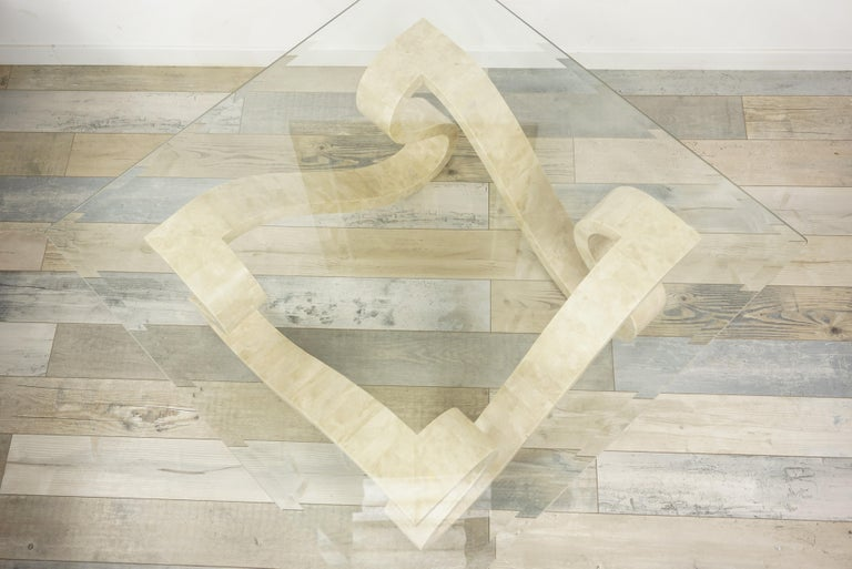 Tessellated Travertine Marquetry and Beveled Glass Coffee Table In Good Condition For Sale In TOURCOING, FR