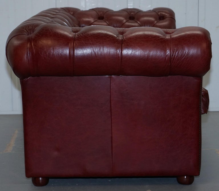 Tetrad England Reddish Brown Leather Chesterfield Sofa Part of Suite For Sale 11