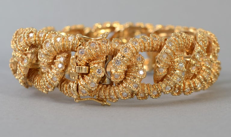 Modern Textured Curbchain Link Bracelet with Diamonds For Sale