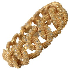 Textured Curbchain Link Bracelet with Diamonds