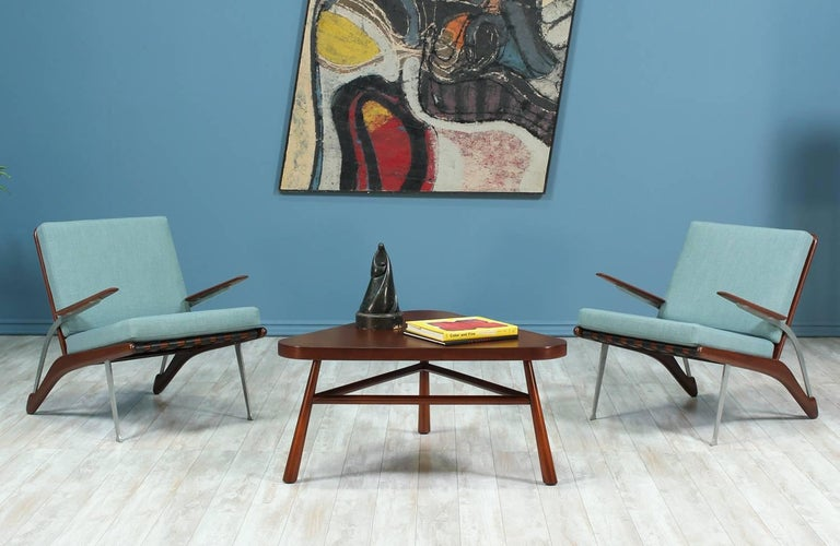 Mid-Century Modern T.H Robsjohn-Gibbings Coffee Table for Widdicomb For Sale