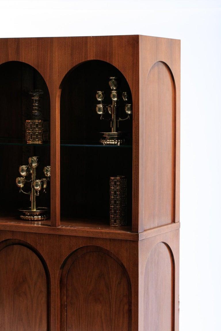 T.H. Robsjohn-Gibbings Coliseum Display Cabinet For Sale 3