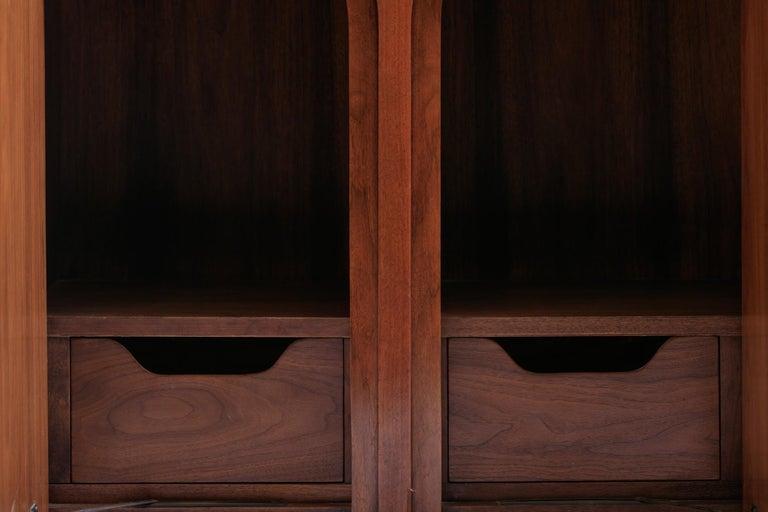 American T.H. Robsjohn-Gibbings Coliseum Display Cabinet For Sale