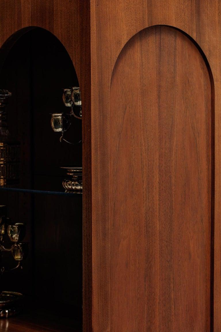 T.H. Robsjohn-Gibbings Coliseum Display Cabinet For Sale 2