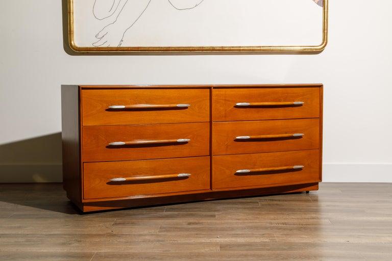 Streamlined Moderne T.H. Robsjohn-Gibbings for Widdicomb Dresser with Spear Handles, c 1950, Signed For Sale