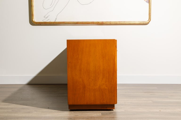 American T.H. Robsjohn-Gibbings for Widdicomb Dresser with Spear Handles, c 1950, Signed For Sale