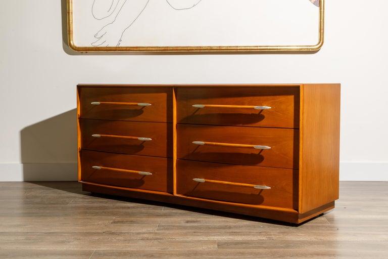 Mid-20th Century T.H. Robsjohn-Gibbings for Widdicomb Dresser with Spear Handles, c 1950, Signed For Sale