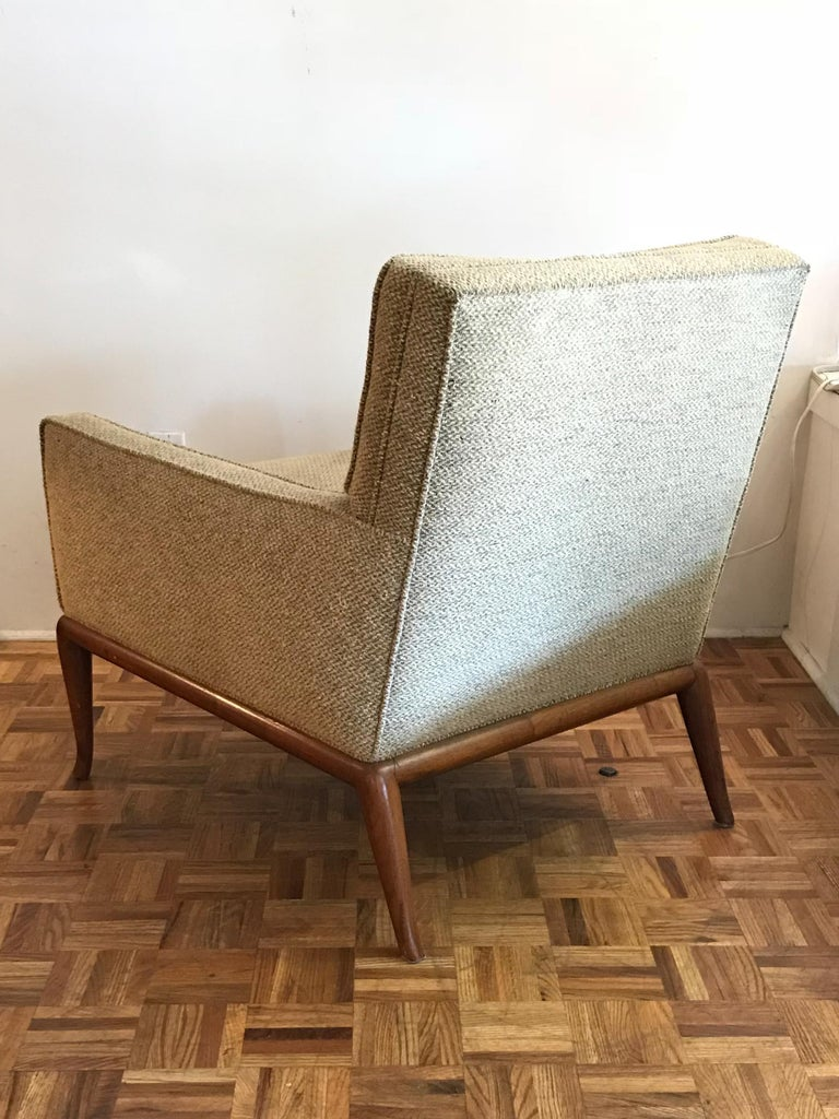 American T.H. Robsjohn-Gibbings for Widdicomb Lounge Chairs, Pair For Sale