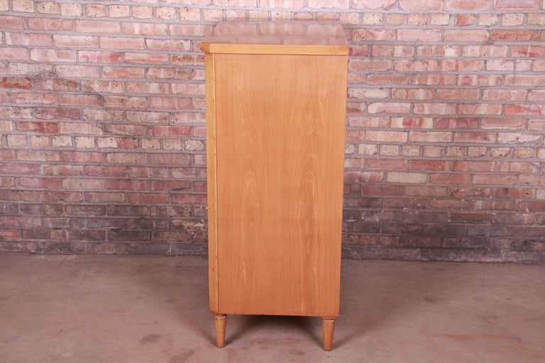 T.H. Robsjohn-Gibbings for Widdicomb Mid-Century Modern Walnut Highboy Dresser For Sale 4