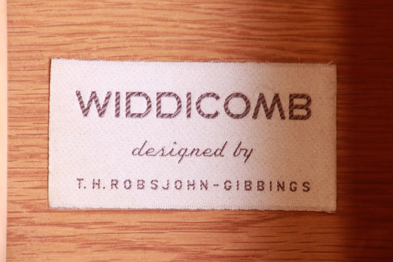 T.H. Robsjohn-Gibbings for Widdicomb Mid-Century Modern Walnut Highboy Dresser For Sale 6