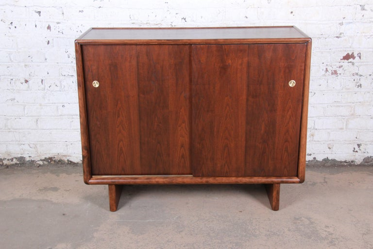 Mid-Century Modern T.H. Robsjohn-Gibbings for Widdicomb Sculpted Walnut Gentleman's Chest, Restored For Sale
