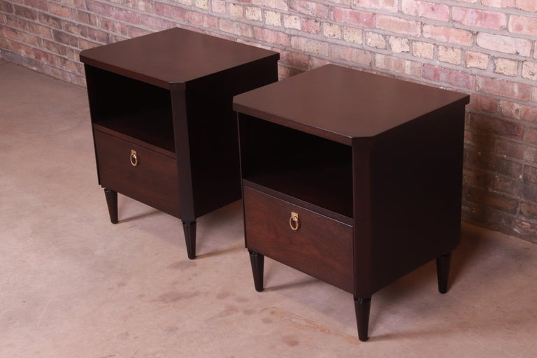 T.H. Robsjohn-Gibbings for Widdicomb Walnut Nightstands, Newly Refinished In Good Condition For Sale In South Bend, IN