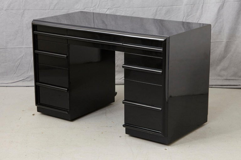 T.H. Robsjohn-Gibbings Kneehole Desk in New Black Piano Lacquer Finish In Good Condition For Sale In Weston, CT